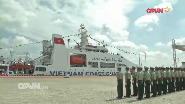 Tàu Cảnh sát biển Việt Nam 8004 cập đảo Hải Nam, bắt đầu thăm Trung quốc