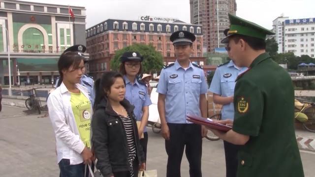 Lào Cai phối hợp giải cứu 2 nạn nhân bị bán sang Trung Quốc