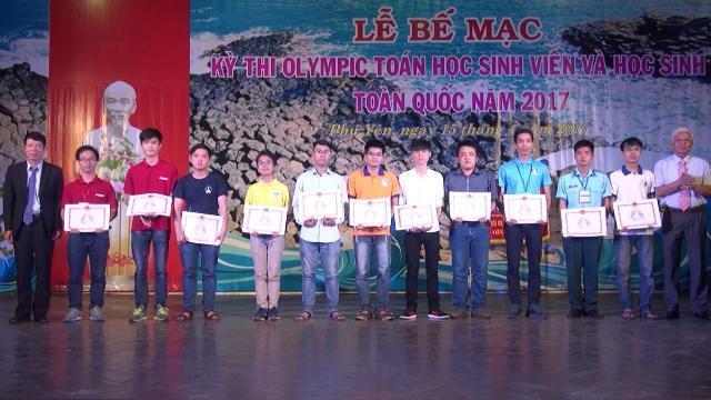 Trao giải kỳ thi Olympic Toán học sinh viên và học sinh toàn quốc 2017
