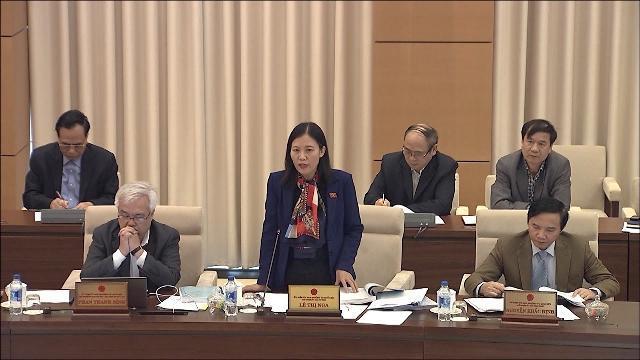 Ủy ban Thường vụ Quốc hội thảo luận về dự án Luật quản lý nợ công (sửa đổi)