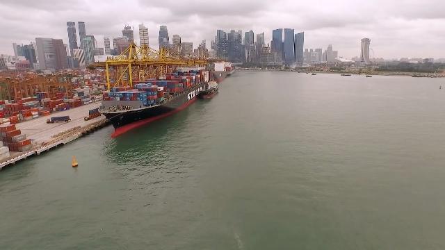Thuận lợi hóa trung chuyển thương mại trong Asean - Thế mạnh chưa được khai thác