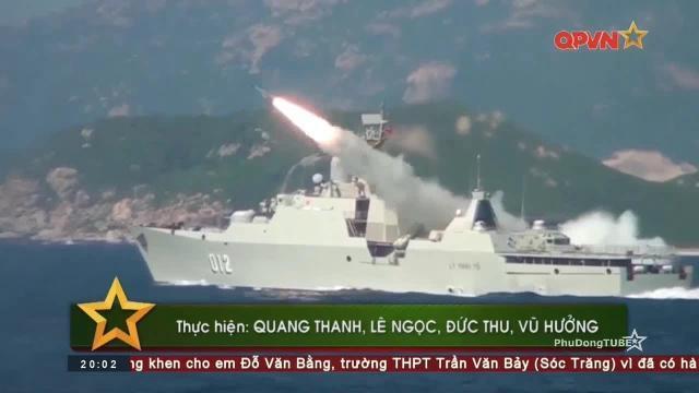Tàu hộ vệ tên lửa 012 Lý Thái Tổ luyện bắn mục tiêu trên biển