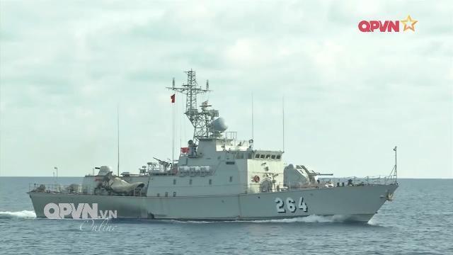 Hải quân Việt Nam Thái Lan tuần tra chung, diễn tập cứu nạn trên biển