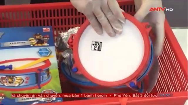 Sừng tê giác tiền tỷ trong trống đồ chơi về Sài Gòn