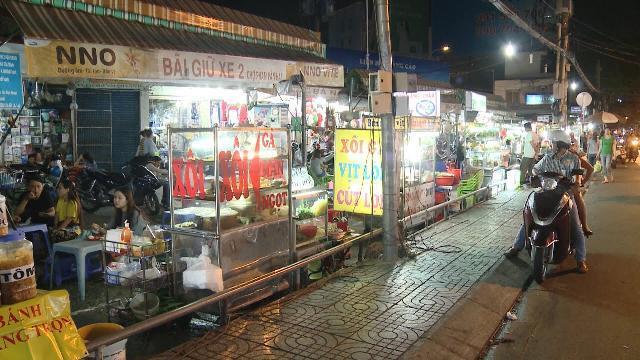 Tin Tức 24h Mới Nhất Hôm Nay: Khu chợ hàng rong giữa TP. Hồ Chí Minh