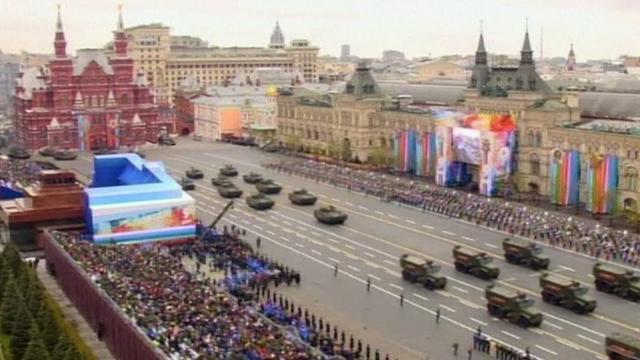 Tin Thời Sự Hôm Nay (22h- 9/5): Nga Hé Lộ Các Tổ Hợp Quân Sự Hiện Đại Cho Diễu Binh Ngày Chiến Thắng