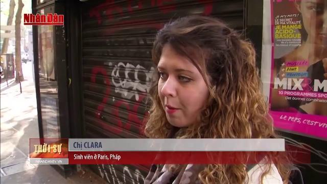 Người dân Paris không để vụ khủng bố ảnh hưởng tới cuộc bầu cử