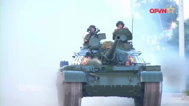 Tăng thiết giáp Quân khu 5 bảo đảm kỹ thuật sẵn sàng chiến đấu