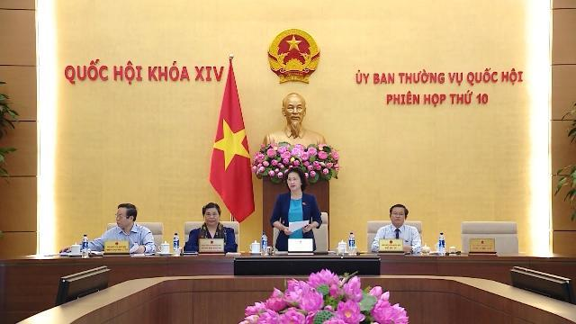 Khai mạc phiên họp thứ 10, Ủy ban Thường vụ Quốc hội khóa XIV