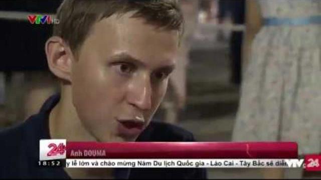 Góc trò chơi của du khách người Nga | VTV24