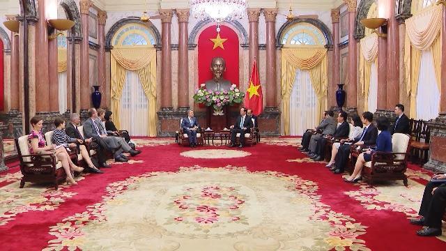 Tin Thời Sự Hôm Nay (22h - 21/5): Chủ Tịch Nước Trần Đại Quang Tiếp Bộ Trưởng Phát Triển Kinh Tế Nga