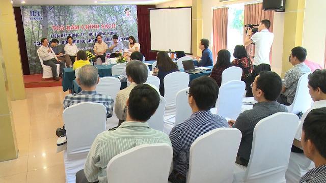 Liên kết doanh nghiệp - hộ gia đình: Giảm rủi ro cho phát triển rừng bền vững