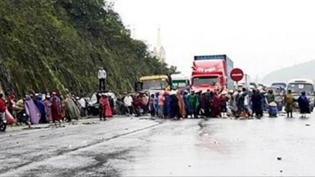 NÓNG: Giáo dân Hà Tĩnh tiếp tục bạo động chống Formosa