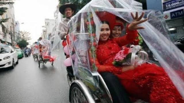 Chua cay chuyện tổ chức đám cưới là… thoát hộ nghèo - Điều tra qua thư khán giả