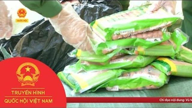 Thời sự - Lào Cai: Bắt giữ thực phẩm bẩn nhập lậu