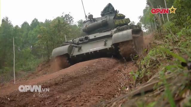 Việt Nam phát huy sức mạnh chiến đấu của Tăng thiết giáp
