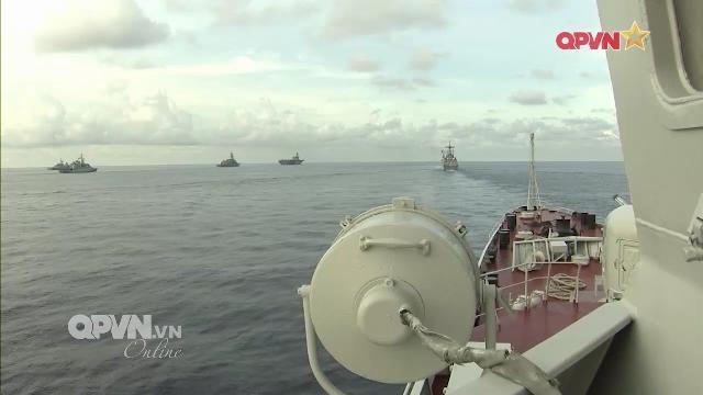 [Video] Tàu chiến Hải quân Việt Nam diễn tập tại Singapore
