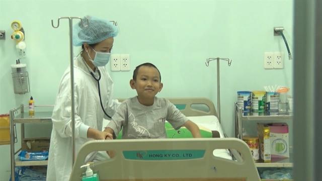 Tin Tức 24h Mới Nhất: Ghép gan thành công cho bệnh nhi 10 tuổi
