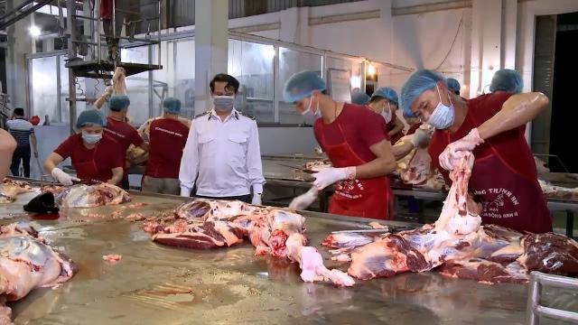 Quản lý vệ sinh an toàn thực phẩm: hoạt động giết mổ còn nhiều bất cập