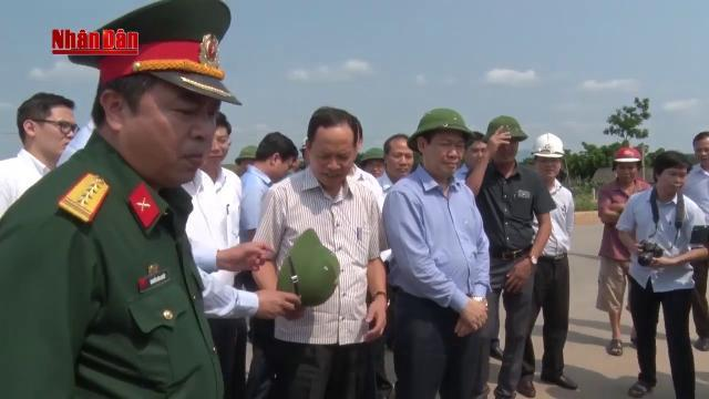 Tin Thời Sự Hôm Nay (18h30 - 23/4): Đồng Chí Vương Đình Huệ Kiểm Tra Tiến Độ Các Dự Án Trọng Điểm
