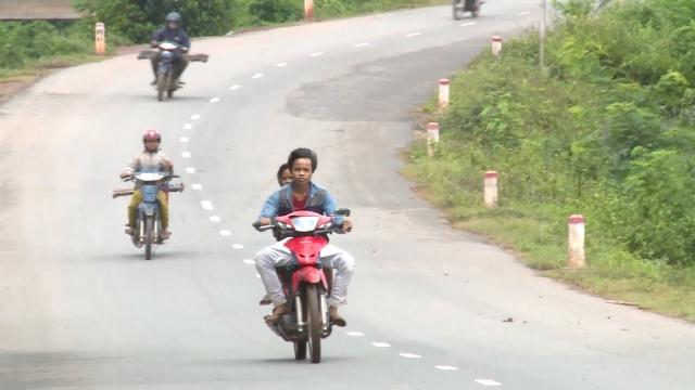 Quảng Trị nâng cao ý thức an toàn giao thông cho đồng bào miền núi