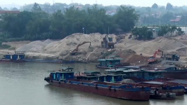 Phóng Sự Việt Nam 2017: Nạo vét lòng sông hay khai thác cát ?
