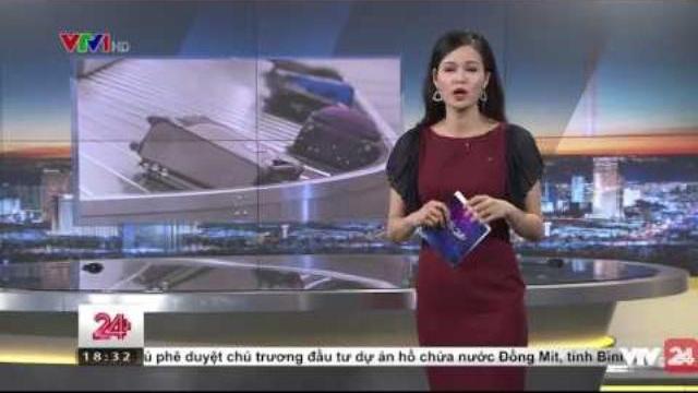 Kỉ luật cán bộ hàng không lấy đồ của khách | VTV24
