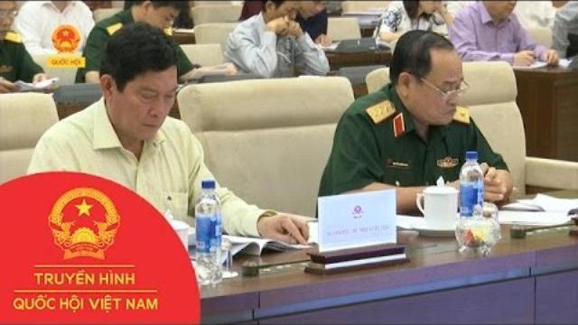 Ủy ban thường vụ Quốc hội cho ý kiến về luật quản lý, sử dụng vũ khí vật liệu nổ và công cụ hỗ trợ