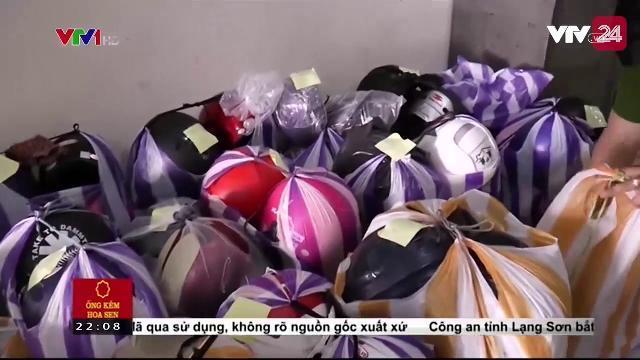 Đà Nẵng: Tạm giữ hơn 100 mũ bảo hiểm đã qua sử dụng không rõ nguồn gốc | VTV24