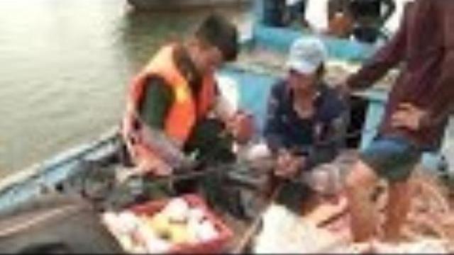 Phú Yên bắt đối tượng dùng 30 quả mìn tự tạo khai thác hải sản