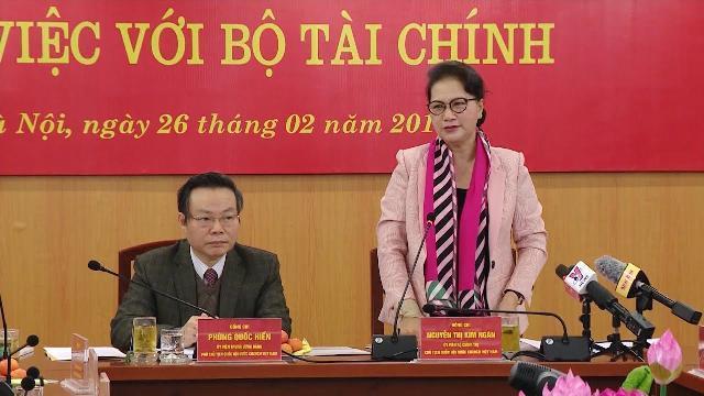 Chủ tịch Quốc hội làm việc với Bộ Tài chính