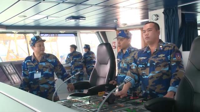 Cảnh sát biển Việt Nam và Trung Quốc phối hợp kiểm tra liên hợp nghề cá