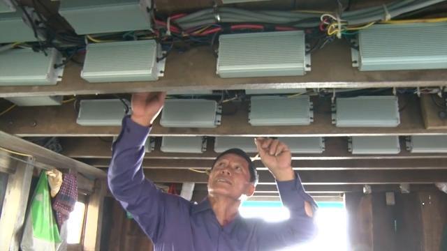 Quảng Trị triển khai lắp đặt đèn LED cho tàu đánh cá xa bờ
