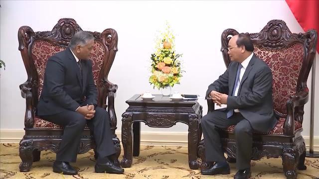 Tin Tức 24h: Thủ tướng Nguyễn Xuân Phúc tiếp Quốc vụ khanh Ấn Độ
