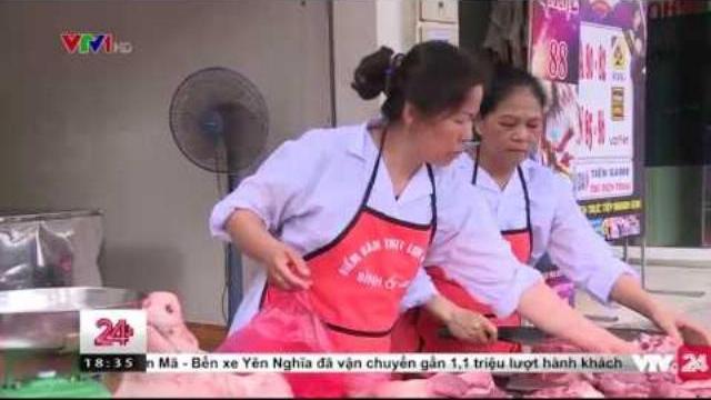 Quầy thịt lợn bình ổn giá tại tỉnh Vĩnh Phúc | VTV24