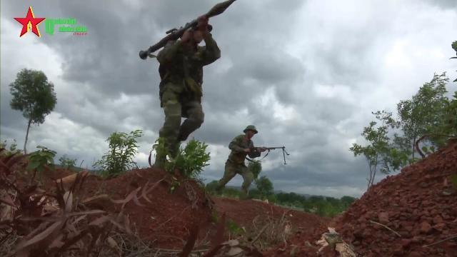 Sư đoàn 968, Quân khu 4 huấn luyện sát thực tế chiến đấu