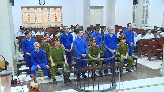 Tin Thời Sự Hôm Nay (6h30 - 19/4): Phạt Tù 11 Bị Cáo Trong Vụ Lập Khống Dự Án Trồng Rừng ở Nghệ An