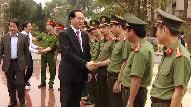 Chủ tịch nước Trần Đại Quang thăm, làm việc với công an tỉnh Phú Thọ