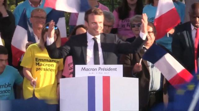 Tin Quốc Tế: Châu Âu đón mừng kết quả bầu cử Tổng thống Pháp