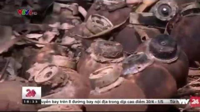 Hàng trăm quả bom được phát hiện gần khu dân cư | VTV24