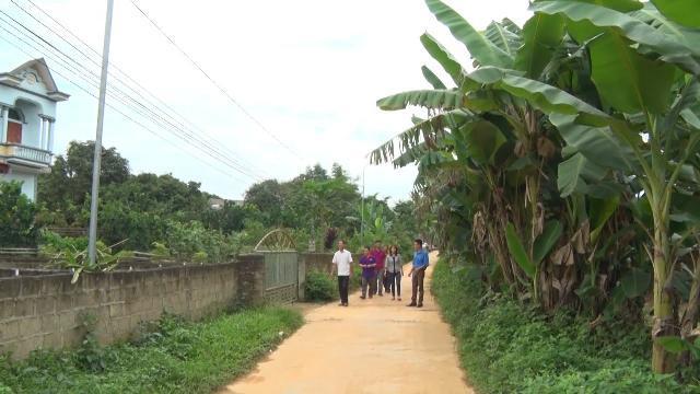 Tích cực học tập theo gương Bác Hồ để làm những việc có ích cho nhân dân