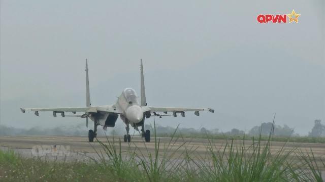 Túi cứu sinh: Bùa hộ mệnh của Phi công SU-30MK2