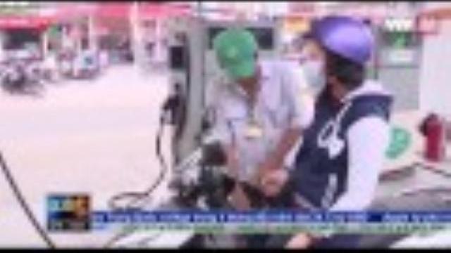 Chống thất thu thuế từ dán tem cột đo xăng dầu | VTV24