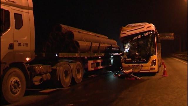 Tin Tức 24h: Tai nạn giao thông tại đường cao tốc Nội Bài - Lào Cai