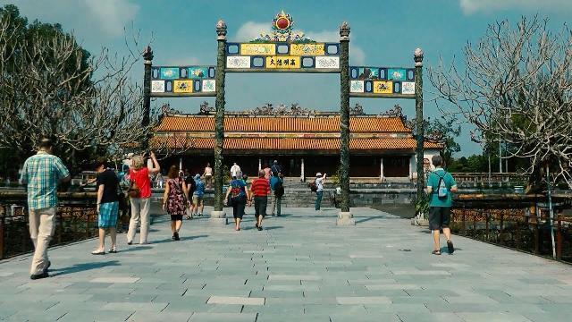 Tin Tức 24h: Việt Nam đón trên 1 triệu khách quốc tế mỗi tháng