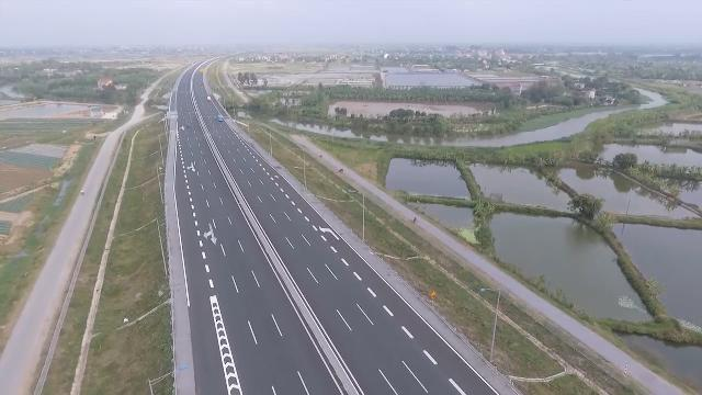 Tin Tức 24h: Đường bộ cao tốc Bắc - Nam không được chỉ định thầu