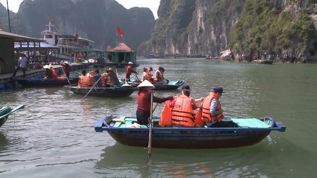 Tin Thời Sự Hôm Nay (6h30 - 3/4/2017): Tăng Cường Chấn Chỉnh Hoạt Động Du Lịch Ở Quảng Ninh
