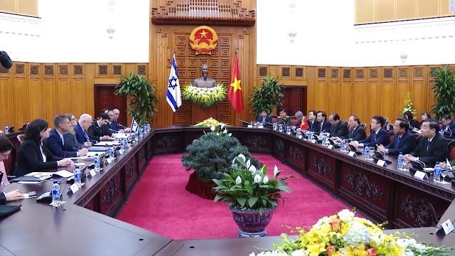 Thủ tướng Nguyễn Xuân Phúc hội kiến với Tổng thống Israel