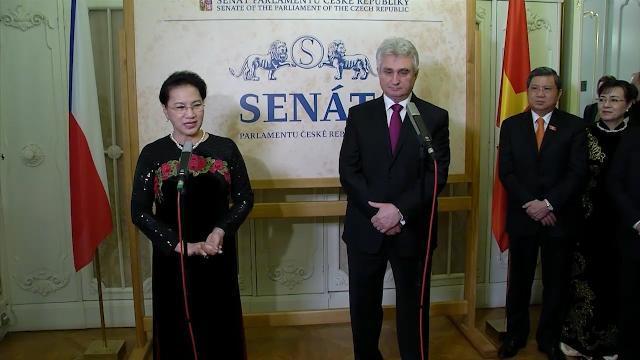 Chủ tịch Quốc hội Nguyễn Thị Kim Ngân hội đàm với Chủ tịch Thượng viện Cộng hòa Séc