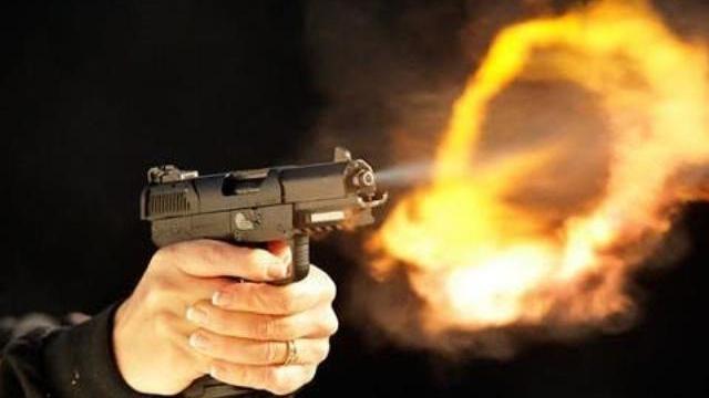 Vì vợ, giang hồ nổ súng truy sát người đến cùng